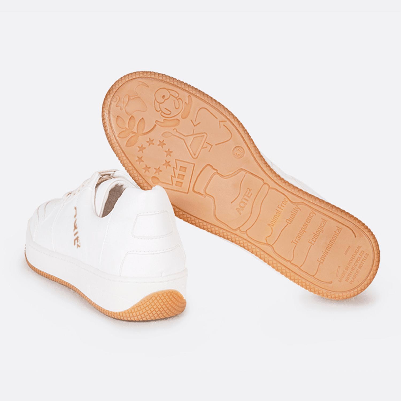 Baskets vegan et ecoresponsables conçues à partir de bouteilles en plastique recyclées - Aqte2 - Berlin Blanc